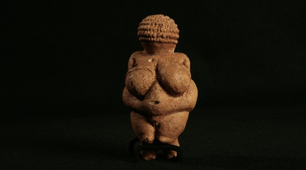 Figurine-Venus_0f_Willendorf_001